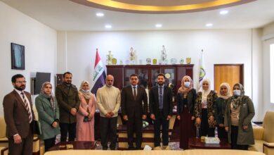 صورة السيد عميد كلية الحلة الجامعة يترأس اجتماعا لمناقشة المسيرة الدراسية مع بدء العام الدراسي الجديد