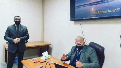 صورة رئيس قسم التمريض في كلية الحلة الجامعة يحصل على كتاب شكر وتقدير من عمادة كلية طب كربلاء