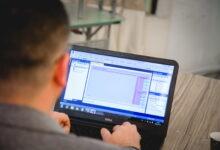 صورة مركز البحث والتأهيل المعلوماتي في جامعة الكوفة يقيم اكثر من ٣٠ دورة تدريبية افتراضية خلال عام ٢٠٢٠