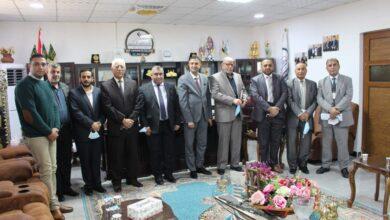 صورة وفد من المفوضية العليا المستقلة للانتخابات/مكتب واسط يزور كلية الكوت الجامعة .