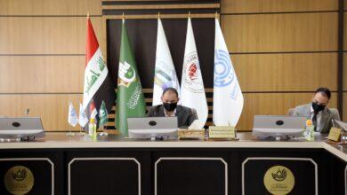 صورة رئيس جامعة الكفيل يعقد اجتماعا مع اللجنة العلمية للمؤتمر