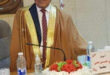 صورة التدريسي الدكتور علي حسن المكصوصي من الكوت الجامعة يشارك في مناقشة رسالة ماجستير .
