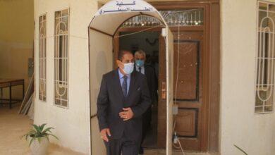 صورة رئيس جامعة القادسية يتفقد سير الامتحانات الحضورية لطلبة الدراسات العليا في كلية الطب البيطري