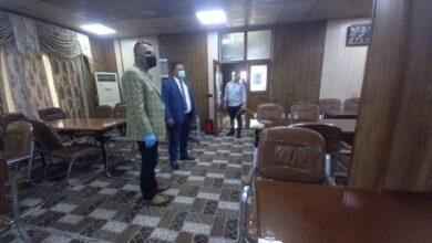 صورة مديرية الأقسام الداخلية في جامعة القادسية تقوم بحملة تعفير واسعة لسكن الطلاب والطالبات للحد من انتشار فيروس كورونا