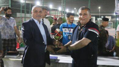 صورة ختام البطولة الرمضانية الأولى لخماسي الكرة على ملاعب كلية الكوت الجامعة :