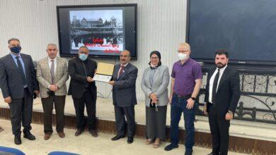 صورة تدريسي في كلية الكوت الجامعة ينظم محاضرة علمية في جامعة بغداد / كلية الطب : ———————————-