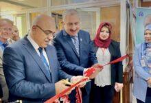 صورة وزير التعليم يفتتح معرض النتاجات العلمية في جامعة بغداد