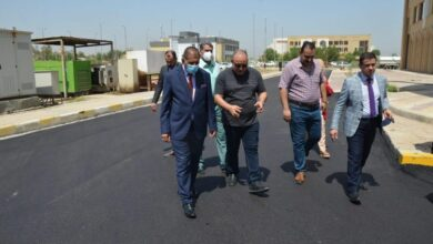 صورة رئيس جامعة القادسية يفتتح مشاريع جديدة في كلية القانون