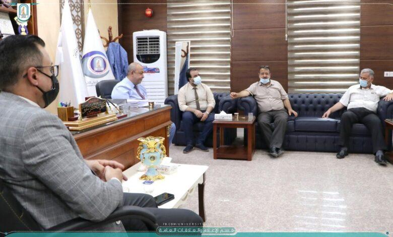 صورة اللجنة الوزارية لمتابعة سير العملية الامتحانية في جامعة العين