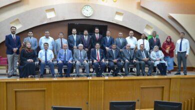 صورة مجلس جامعة القادسية يثمن جهود السيد المساعد الاداري بمناسبة بلوغه السن التقاعدي