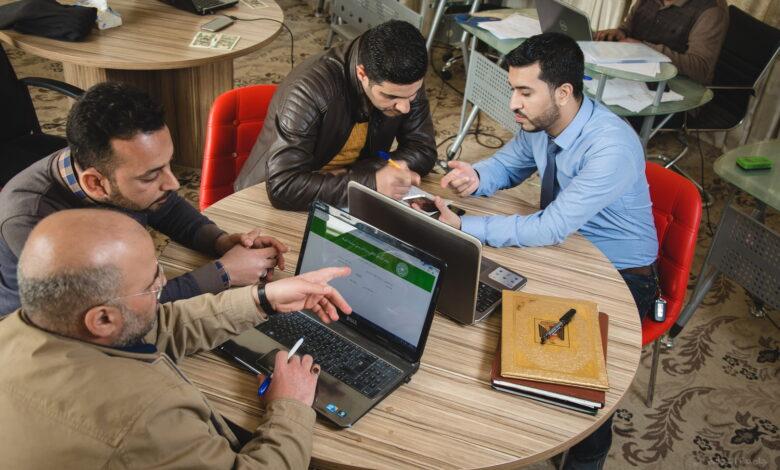صورة مركز البحث يعتمد الية الكترونية لتقييم المواقع الالكترونية لتدريسيي الجامعة