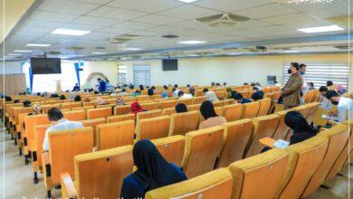 صورة جولة تفقدية للسيد رئيس جامعة العميد للامتحانات النهائية الحضورية للطلبة