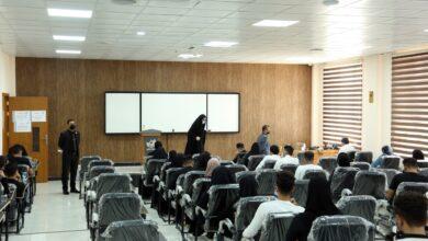 صورة جامعة الكفيل تجري الامتحانات النهائية العملية الحضورية الكترونيا عبر برنامج السراج
