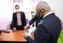 صورة وزير التعليم يتفقد الامتحانات في جامعة الأنبار ويفتتح منفذا للتلقيح في مركزها الصحي