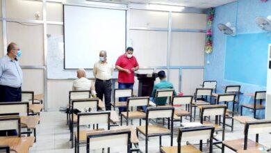 صورة استمرار اداء الامتحانات النهائية الحضورية والالكترونية في كلية التربية بجامعة القادسية